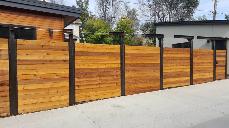 Modern horizontal privacy fence